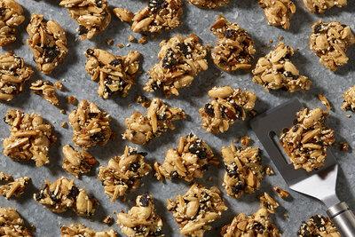 Togarashi Nori Almond Crunch