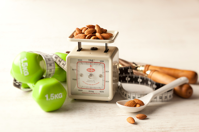 Weight management with almonds